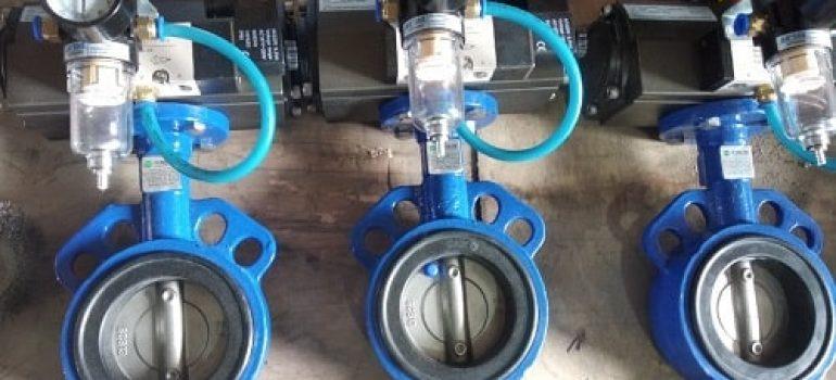 Van nước điều khiển khí nén