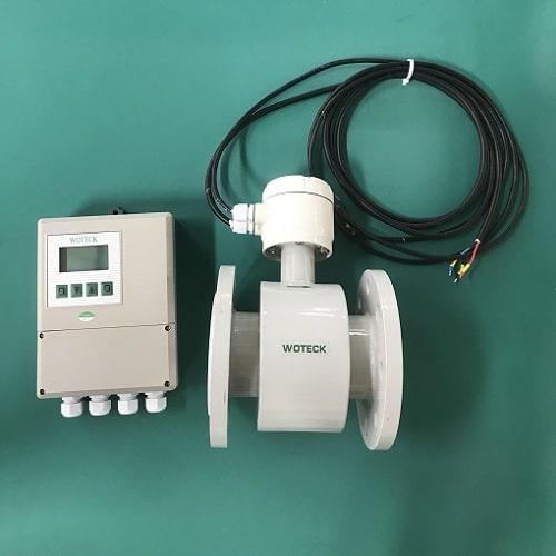 Đồng hồ đo lưu lượng nước thải điện từ dạng màn hình rời
