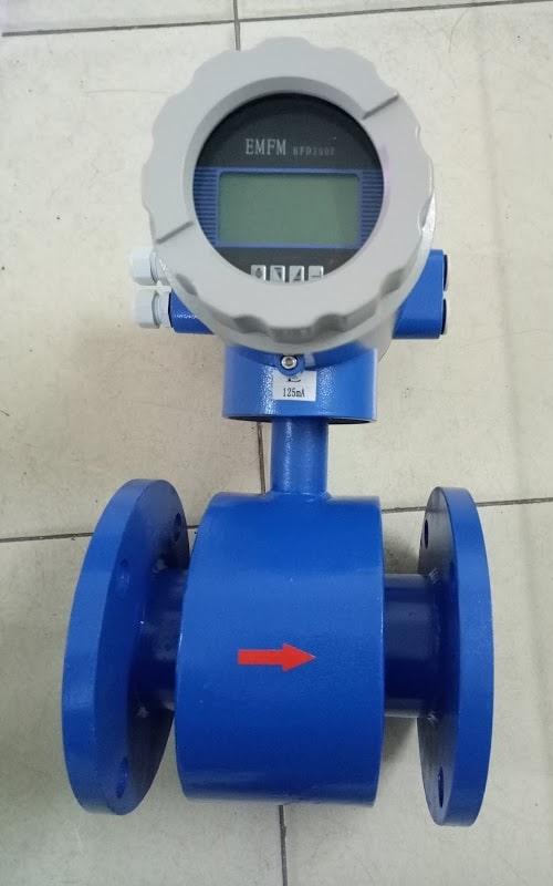 Đồng hồ nước điện từ