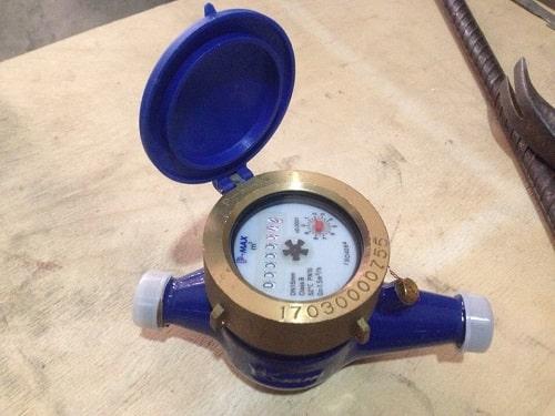 Đồng hồ nước dạng cơ
